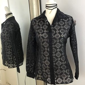 3/$20 Top Black ladies sheer button small (9)